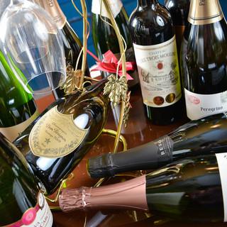 ワインセラーより選べるワイン◆日本酒などのドリンクも豊富です