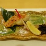 107675764 - 焼き魚