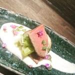 居酒屋 やえがき - 創作和食もございます! 鴨や筍……旬素材を使った新しく楽しくなるような和食をお楽しみください!