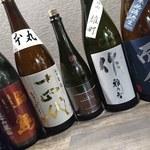 居酒屋 やえがき - 日本全国の日本酒を数多く揃えております!悩んだらスタッフまでどうぞ(^^)