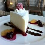 カフェ ムルソー - レアチーズケーキ