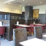喫茶室ルノアール - 比較的新しい綺麗な店内ですw