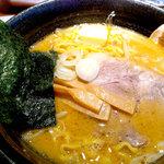 10768981 - 味噌らーめん+バター