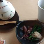 寿司 瑞 - 料理写真:小鉢・茶碗蒸し・食前酒(飲めないので林檎ジュース)