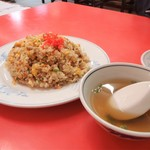 新北京 - 料理写真:焼き飯 600円