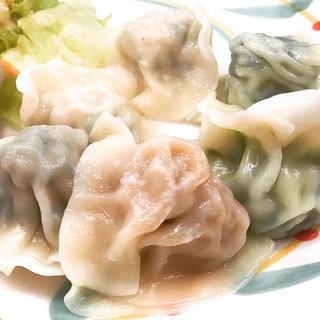 上海餃子 - 盛り合わせ水餃子10個