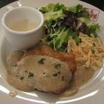 10770041 - 若鶏のあったか、白菜きのこソース