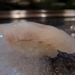 秀寿司 - 平目