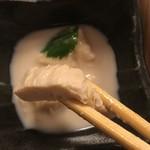 勘四郎 - しっかりとした湯葉。