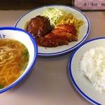 107713392 - Bセット 魚フライ&ハンバーグ&ラーメン&ご飯 850円