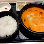 東京純豆腐 - 濃厚ごま坦々スンドゥブ♪