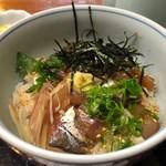 磯割烹 佳倉 - 料理写真:まご茶漬け(アジ) 1080円。