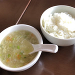 中華バルSAISAI。 - スープ、ごはん       スープ、ごはん共一回お代わり出来ます。