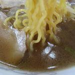 かつ平 - ラーメンしょうゆ味の麺