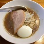 煮干中華ソバ イチカワ - 料理写真:中華そば+味玉