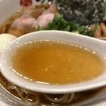 107737440 - 端麗系醬油スープ