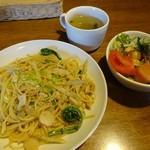けや木 - ランチ・鶏ごぼうの和風スパゲティ750円