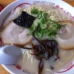 丸幸ラーメンセンター - 大盛ラーメン♪(麺1.5倍・チャーシュー2枚・きくらげ)