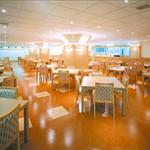 10774594 - ホテル内レストラン「ルノール」です。