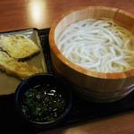 香の川製麺 - ざるうどん、さつまいも天、ちくわ天
