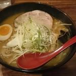 麺屋 しん - 味噌ラーメン  780円