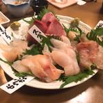 酒房 三芳よし - 料理写真:刺身