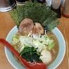 武蔵家 - 料理写真:特製ラーメン850円