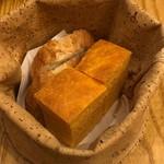 フルエンテ - 自家製パン