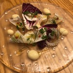 フルエンテ - ヤリイカと鰈のカルパッチョ 根セロリのピューレソース