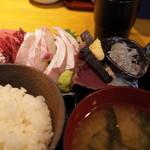 魚菜はざま - 刺身盛り合わせ定食