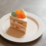 パティスリー マサ - 料理写真:宮崎マンゴーのショートケーキ☆