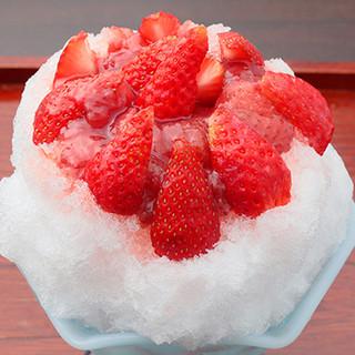 かき氷に使うのは自然な食材だけ。誰が食べても安心の美味しさ◇