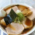 味の中一 - 醤油チャーシュー麺 850円