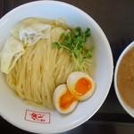 羊麺めぇ〜でん - 料理写真:つけ麺