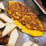 鉄板料理 小松 - 白魚の卵とじ