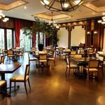 zafunatsuya - イタリアンレストランかなり広い