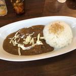 MOMO curry - 欧風カレー チキン