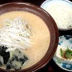 和風らーめん 十和田 - お好み焼き味噌らーめんセット(ライス付け) 1250円