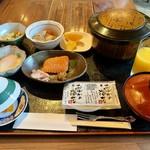 越前屋ホテル - 料理写真: