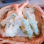 そば処 な佳しま - 天ぷら