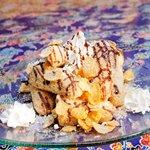 侍ちゃんぷる - 揚げパンとアイスの最強コラボ【揚げパンアイス】