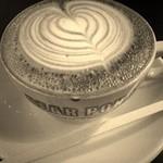 オンザコーナー - w/Cappuccino 6oz¥500-