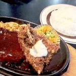 Resutorannarumi - ハンバーグと魚フライ850円ハンバーグと魚フライ850円