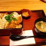 10787763 - 北海道産昆布風味の熟成豚ロースかつ重 850円