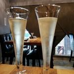イニシャル - シャンパン パフェと酒のマリアージュ。        パフェ+450円にて提供