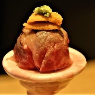名物うにく手まり寿司