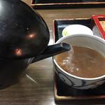 107879656 - 蕎麦湯のサービスもあります