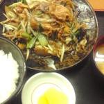 10788818 - 肉野菜炒め定食700円