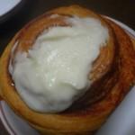 カルディコーヒーファーム - 料理写真:シナモンロール
