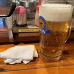 警固ヤキトン - 生ビール(特大サイズ)